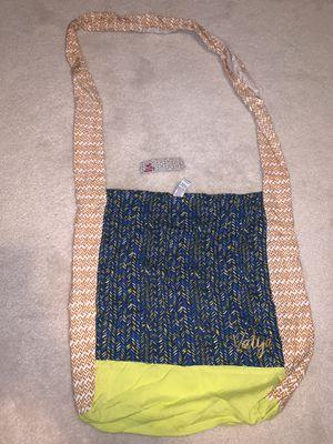 Valija Hobo bag for Sale in Broadview Heights, OH