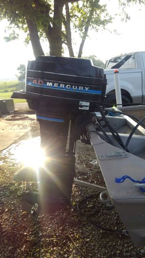 16ft bass boat for Sale in Pevely, MO