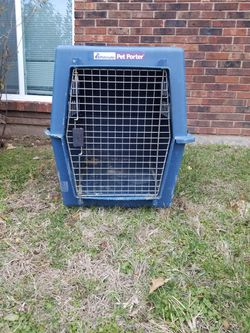Permanent. Pet Porter Dog Cage. For Small To Medium Dogs. for Sale in Indianapolis,  IN