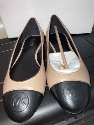 Michael kors shoes for Sale in Chiriaco Summit, CA