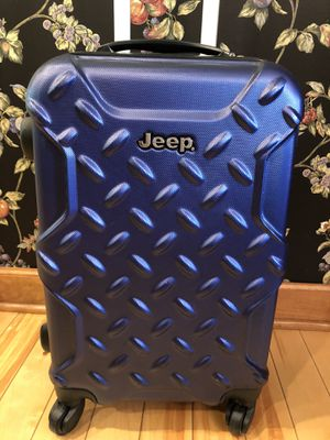 """Jeep brand spinner 22"""" suitcase luggage for Sale in Aurora, IL"""