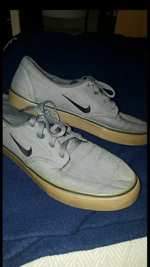 Nike SB Clutch Canvas shoes Me Gray Gun Stylens 10.5 for Sale in San Clemente, CA
