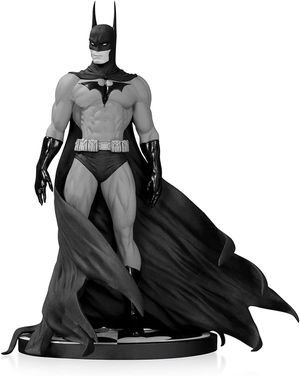 DC Collectables Micheal Turner Batman Statue Factory Sealed for Sale in Las Vegas, NV
