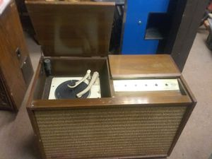 Capital Records Phonograph for Sale in West Berlin, NJ