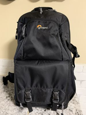 Lowepro Fastback 250 AW II Travel backpack for Sale in Chicago, IL