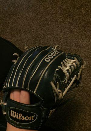 Wilson A2000 Baseball glove for Sale in Marysville, WA