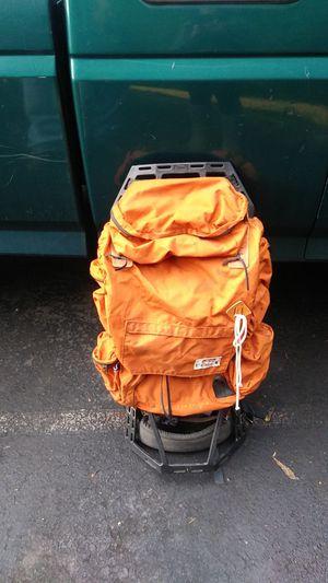 Coleman hiking backpack for Sale in Auburn, WA