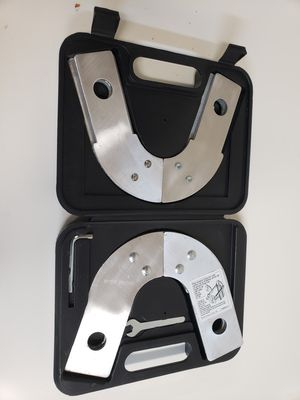 Werner 63648-01 Telescoping Multi-Ladder Dynamic Hinge Kit Set with Case for Sale in Daly City, CA