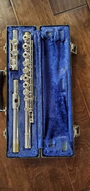 $250 or Best Offer For Sale Emerson Open Hole Flute. Hard Case included. In Great Condition ! for Sale in Irving, TX