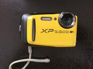 Fujifilm FinePix XP90 Waterproof digital camera bundle for Sale in Los Angeles, CA