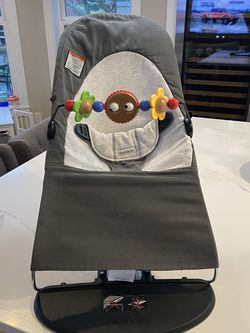 BabyBjorn Bouncer w/detachable Spin Toy - Used For 1 Kid For 6 Months for Sale in North Bend,  WA