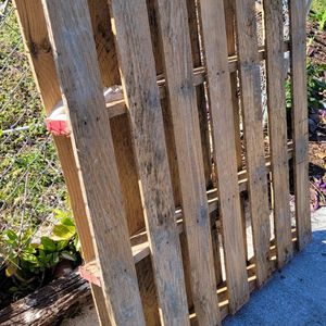 Free PALET for Sale in West Palm Beach, FL