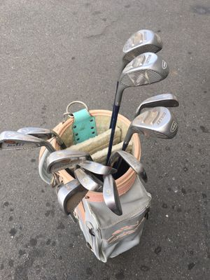 Ladies Bullit 444 Anti Slice RH Golf Clubs Good condition. Includes: 3,4,5,6,7,8,9,SW,PW irons. 1,3,5,Woods, Cobra Bag, Graphite Shafts. for Sale in CA, US