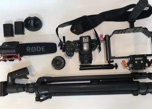 Panasonic Lumix GH 4 Kit for Sale in Marina del Rey, CA