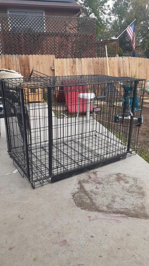 Kong dog kennel for Sale in Sheridan, CO