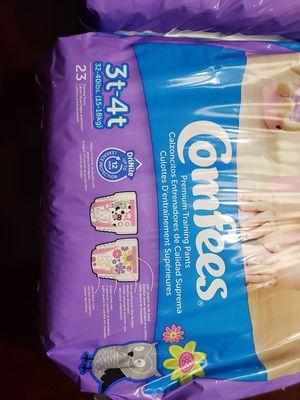 Pamper para niña 3 T 4 T for Sale in Alexandria, VA