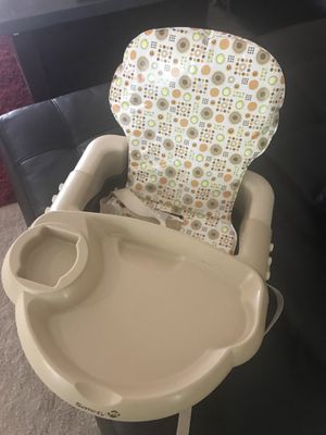 Safety first booster seat for Sale in McKinney, TX