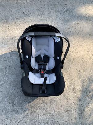 Nuna PIPA Car Seat & Base baby for Sale in Lakewood, WA
