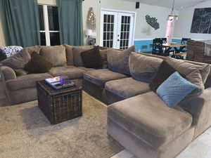 Couch- three piece sectional for Sale in Melbourne, FL