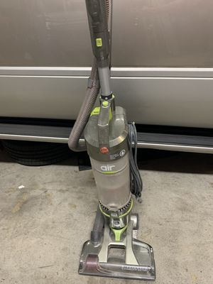 Hoover wind tunnel vacuum for Sale in Chula Vista, CA