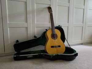 Yamaha CG171SF Flamenco Guitar for Sale in Fairfield, CT