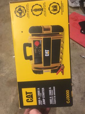 CAT CJ3000 jump starter an battery charge $200 for Sale in Grove, OK
