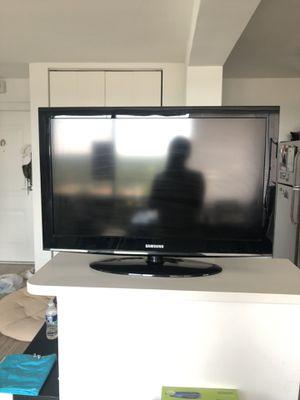 "32"" Samsung TV for Sale in Alexandria, VA"