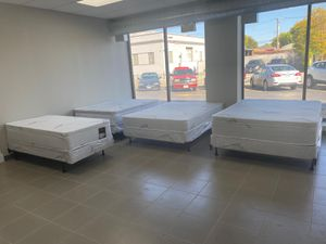 Orthopedic mattress and box spring for Sale in Burbank, IL
