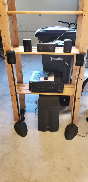 Yamaha Surround Sound Amp and Speakers for Sale in Maple Valley, WA