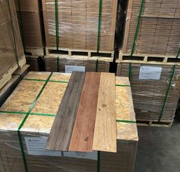 VINLY GLUE DOWN FLOORING LUXURY WATER PROOF (35 square feet a box) QY for Sale in Houston,  TX