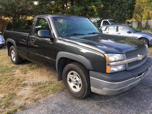 2003 chevy Silverado 1500 for Sale in Clinton, CT