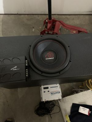 Sound system just need radio. Loud bass new under warranty for Sale in Haltom City, TX