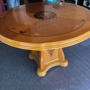 SET PRICE. Wood round table for Sale in Gardena, CA