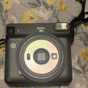 Fujifilm Instax Square SQ6 - Instant Film Camera for Sale in Fresno, CA