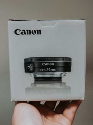 Canon - EF-S 24mm f/2.8 for Sale in Melrose Park, IL