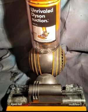 Dyson Ball Multi Floor2 Bare to Carpet All in 1 HEPA Upright Vacuum for Sale in Las Vegas, NV
