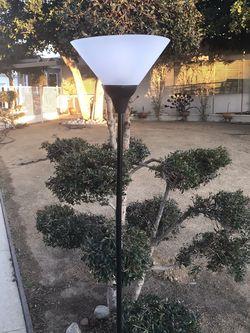 !! Floor Lamp for Sale in Los Angeles,  CA