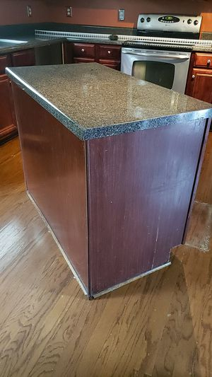 Kitchen island for Sale in Atlanta, GA