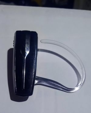 Plantronics Bluetooth earpiece for Sale in Mesa, AZ