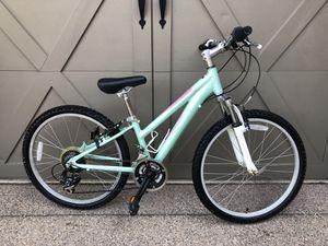 Schwinn Girls 24 in Mountain Bike for Sale in Phoenix, AZ