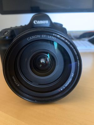 Canon EF lens 24-105mm f/4L IS USM (not including the camera) for Sale in Vallejo, CA