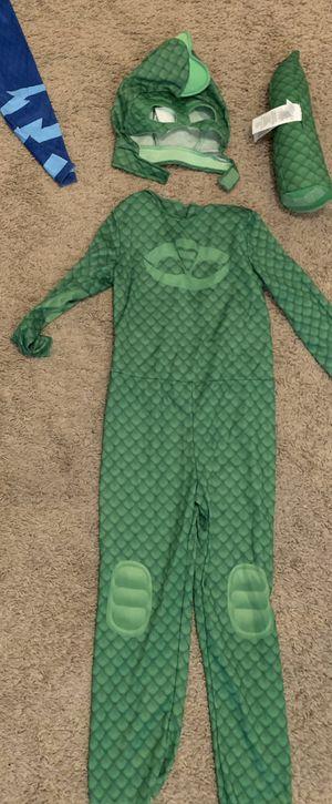 Gheko costume ! Pick up in Duncanville 3T for Sale in Cedar Hill, TX