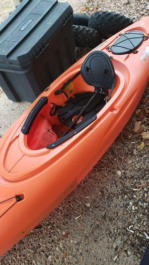 Lancer 10ft kayak for Sale in Tyler, TX