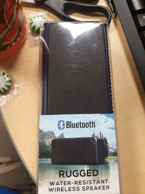 Bluetooth speaker for Sale in Jacksonville, FL