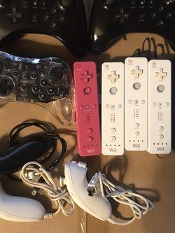 Nintendo Wii Wii U Remote Controllers READ for Sale in Culver City,  CA