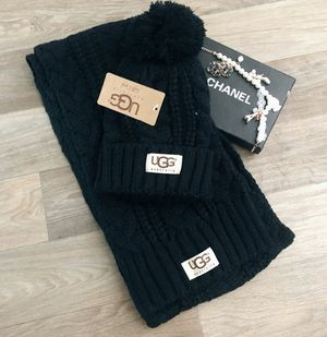 UGG AUSTRALIA SET SCARF AND HAT 🔹 SHIPPING AVAILABLE 🔹 for Sale in West Jordan, UT