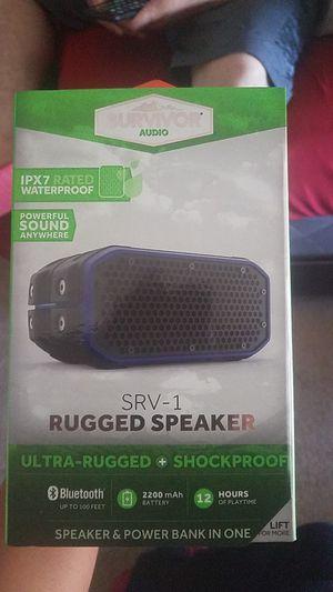 1 small SRV speaker ( Black-blue) for Sale in Santa Maria, CA