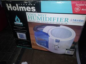 Cool mist humidifier for Sale in Blacklick, OH
