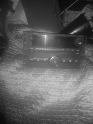 DOUBLE DIN GM CD STEREO DECKS for Sale in Columbus, OH