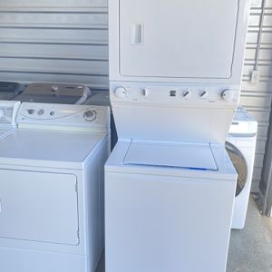 Like New Kenmore Stackable Washer And Dryer Electric High Eff for Sale in Fort Worth, TX